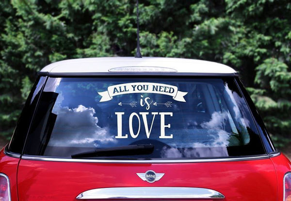 """Bil stickers """"All you need is love"""""""