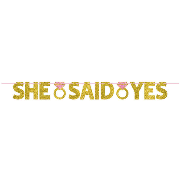 Banner 'She said yes' 3,6 meter